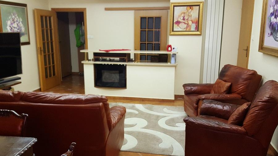 Rosetti,Sfintilor,Apartament 3 camere