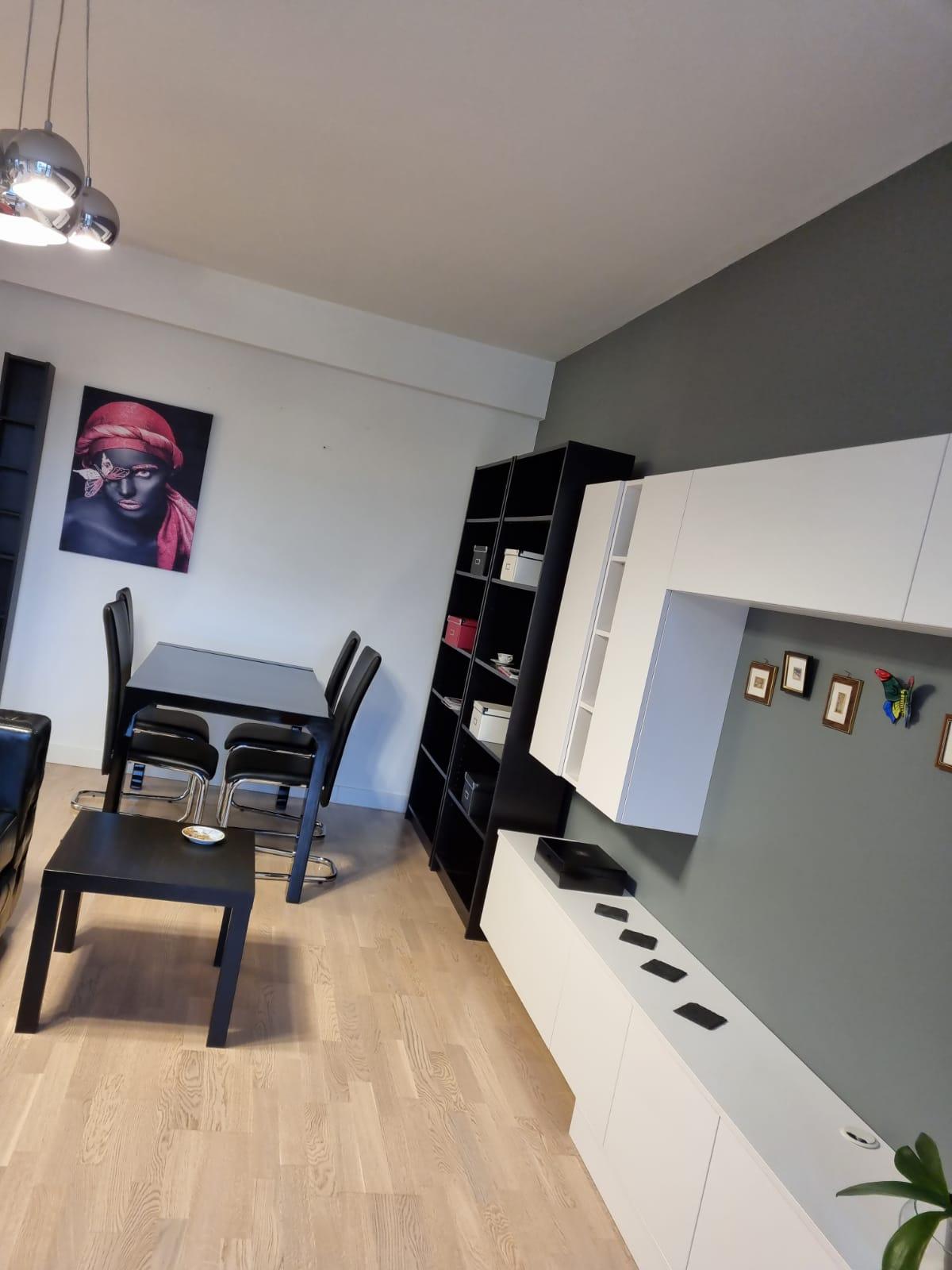 Iancu Nicolae, Apartament cochet cu 2 camere